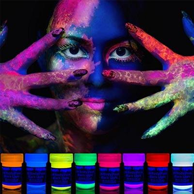 Bunte Einhorn Party Schminke mit UV Licht