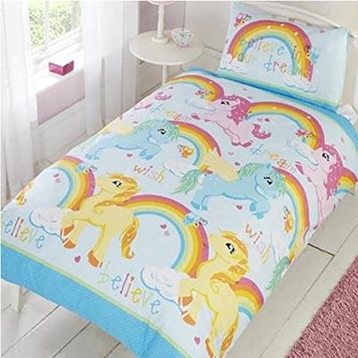 Schön Träumen mit der Einhorn Bettwäsche